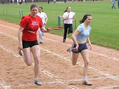 Zawodniczki w konkurencji biegowej