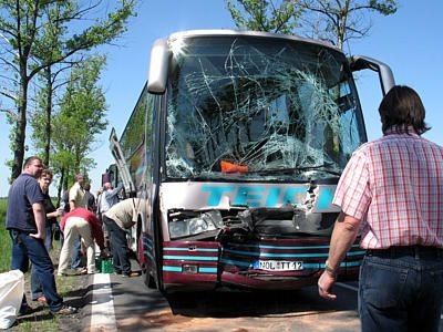 Autobus po wypadku