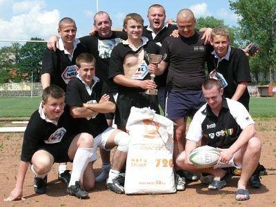 Rugbyści z Nowego Sącza - zwycięzcy bolesławieckiego turnieju