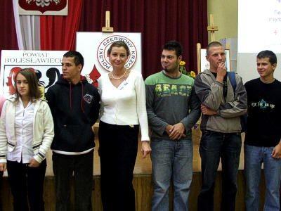 Anna Śledzińska i 5 z 12 sprawiedliwych