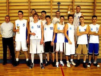 Koszykarze z Zespołu Szkół Elektronicznych