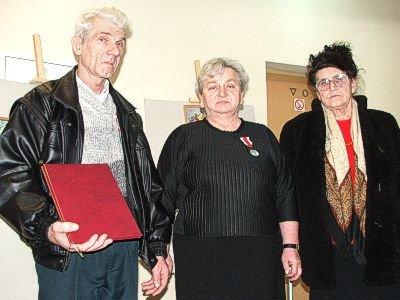 Od lewej: państwo Trościńscy i Rozalia Troszczyńska