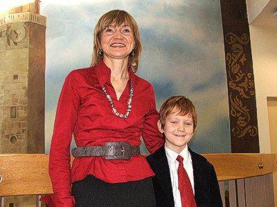 Maciej Kowalski z mamą Dorotą