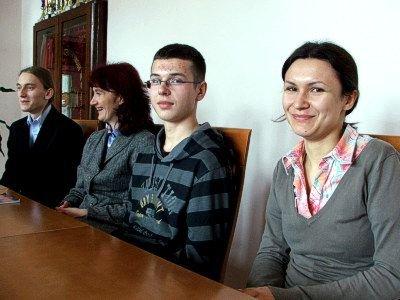 Od prawej: Anna Olejnik, Kamil Nizioł, Zuzanna Mróz, Maciej Cierniak