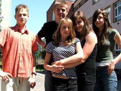 Od lewej: Maciej Kielar, Jarosław Kojder, Paulina Szylin, Ewelina Szczęsna i Magdalena Kubat