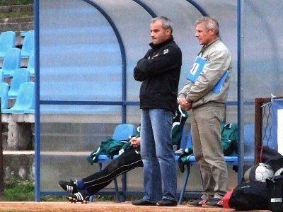 Trener Krzysztof Lechowski i kierownik drużyny Henryk Szewc