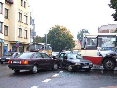 W kolizji trzech pojazdów na szczęście nikt nie ucierpiał