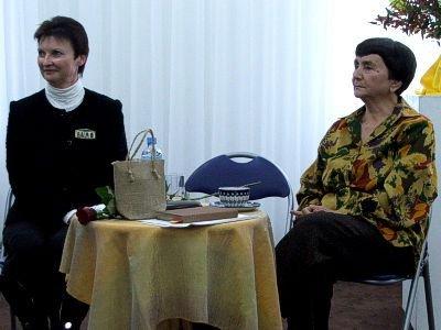 Od lewej: Halina Majewska i Alina Obidniak
