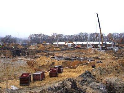 Budowa hipermarketu