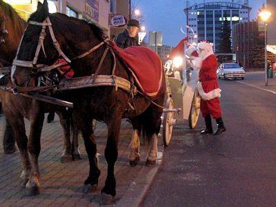 Mikołaj co roku jeździ ulicami naszego miasta