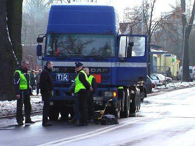 Samochód ciężarowy jechał od strony Lwówka Śląskiego