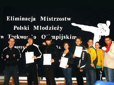 Zawodnicy UKS Ilyo Bolesławiec i AZS AWF Wrocław