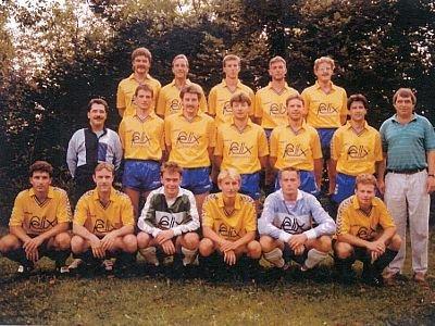 Wojtek Zimerman grał m.in. w szwajcarskiej drużynie FC Baar (środkowy rząd, drugi od prawej)
