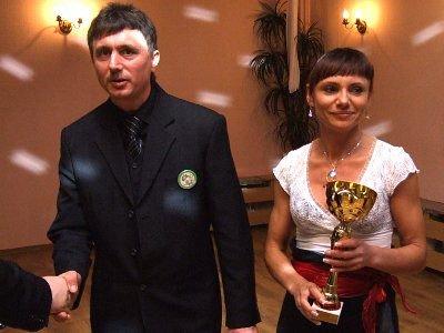 Krzysztof i Nina Serafinowie odebrali nagrodę w imieniu syna