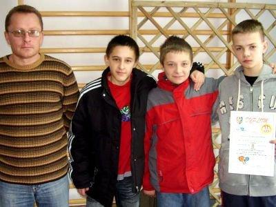 Drużyna z SP w Nowogrodźcu