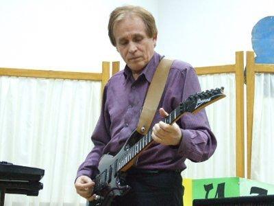 Cezary Byrski wystąpił z minirecitalem gitarowym