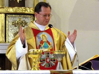 Mszę koncelebrował ks. dziekan Andrzej Jarosiewicz