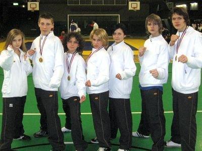 Od lewej: Paulina Stojanowska, Adam Filipek, Remik Różnicki, Patrycja Piasecka, Justyna Szyposz, Kamil Serafin, Yevgen Nikitin