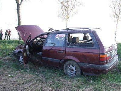 Kierowca drugiego Passata został odwieziony do szpitala