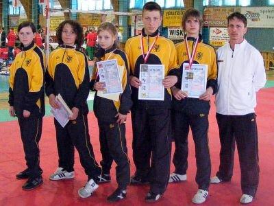 Od lewej: Patrycja Kopała, Remigiusz Różnicki, Paulina Stojanowska, Adam Filipek, Kamil Serafin, Mariusz Sulma