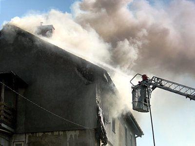 Mieszkanie na poddaszu doszczętnie spłonęło
