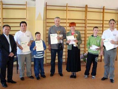 Od lewej: Stanisław Chwojnicki, Jarosław Molenda, Rafał Molenda, Wojciech Sękowski, Zofia Diakowska, Mateusz Zimniak i Sławomir Zimniak