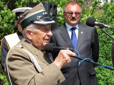 Józef Borowiec, kombatant II wojny światowej, zaapelował do młodzieży, aby pamiętała o poległych żołnierzach