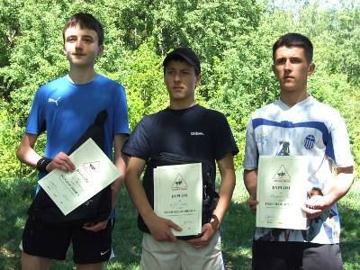 Zwycięzcy biegu w kategorii Szkoły Podstawowe i Gimnazja