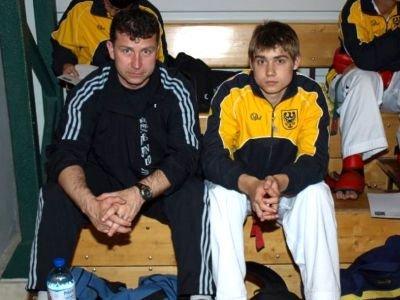 Od lewej: trener Marek Marzec i Krystian Marzec