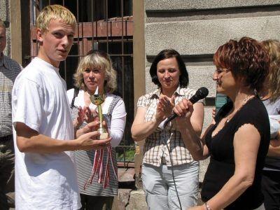 Pierwsza z prawej: Zdzisława Woźniak