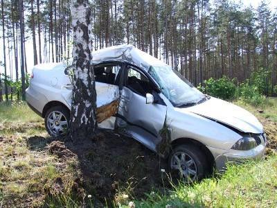 Rannego kierowcę pogotowie zabrało do szpitala
