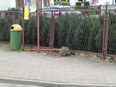 Taki widok w niedzielny poranek zastali mieszkańcy ulicy Staszica