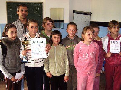 Dziewczęta z SP Czerna zostały mistrzyniami powiatu