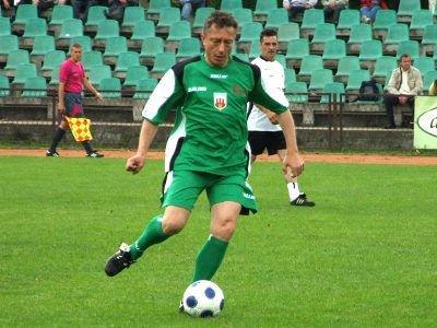 W drużynie Przyjaciół Zbyszka Mandziejewicza grał trener Śląska Wrocław Ryszard Tarasiewicz