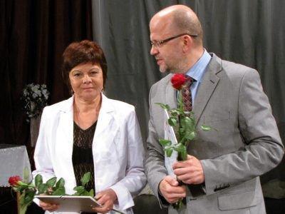 Krystyna Bojko, dyrektorka Miejskiego Zespołu Szkół nr 1, i Kornel Filipowicz, dyrektor MZS nr 2