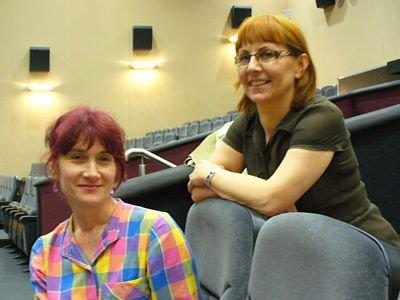 Zuzanna Mróz i Jolanta Filipowicz, nauczycielki języka polskiego