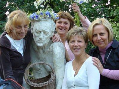 Renata, Ania i Joasia zaprosiły przyjaciółki, występujące w roli widowni