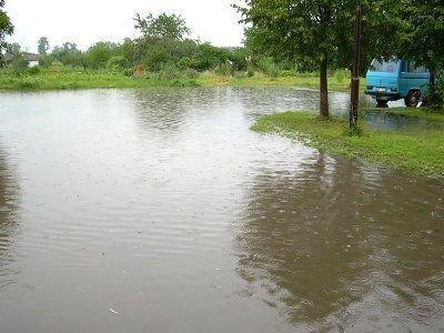 Po sobotniej ulewie doszło do wielu lokalnych poddopień
