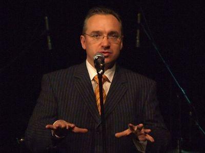Czarujący prezydent Piotr Roman