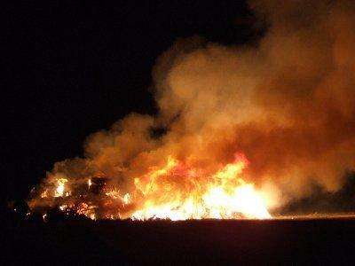 Ogień było widać z odległości kilku kilometrów