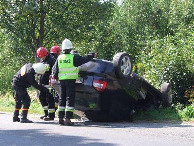 Na miejscu wypadku pojawili się strażacy z Bolesławca i z Warty Bolesławieckiej