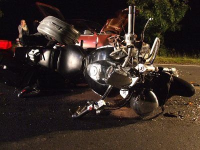 Ranny motocyklista został odwieziony do bolesławieckiego szpitala