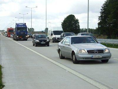 Kilka minut po 10:00 na Autostradzie A-4 pojawiły się pierwsze samochody