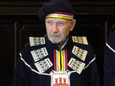 Seniorem bractwa został Stanisław Wiza
