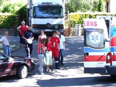 Dziewczynkę zabrano do szpitala na obserwację