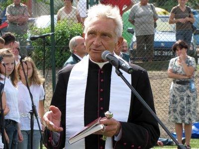 Obiekt poświęcił ks. prałat Józef Gołębiowski
