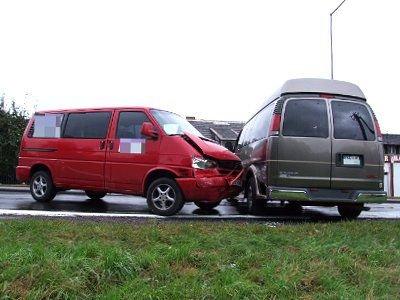 Dwie osoby z Transportera trafiły do szpitala