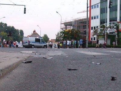 Volkswagen Transporter uderzył w skuter na ulicy Żwirki i Wigury