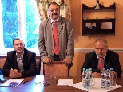 W zjeździe uczestniczyli m.in. starosta Cezary Przybylski i przewodniczący Rady Powiatu Karol Stasik