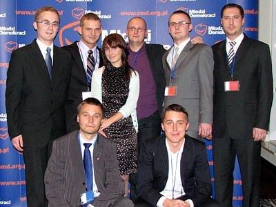 Członkowie Stowarzyszenia Młodzi Demokraci